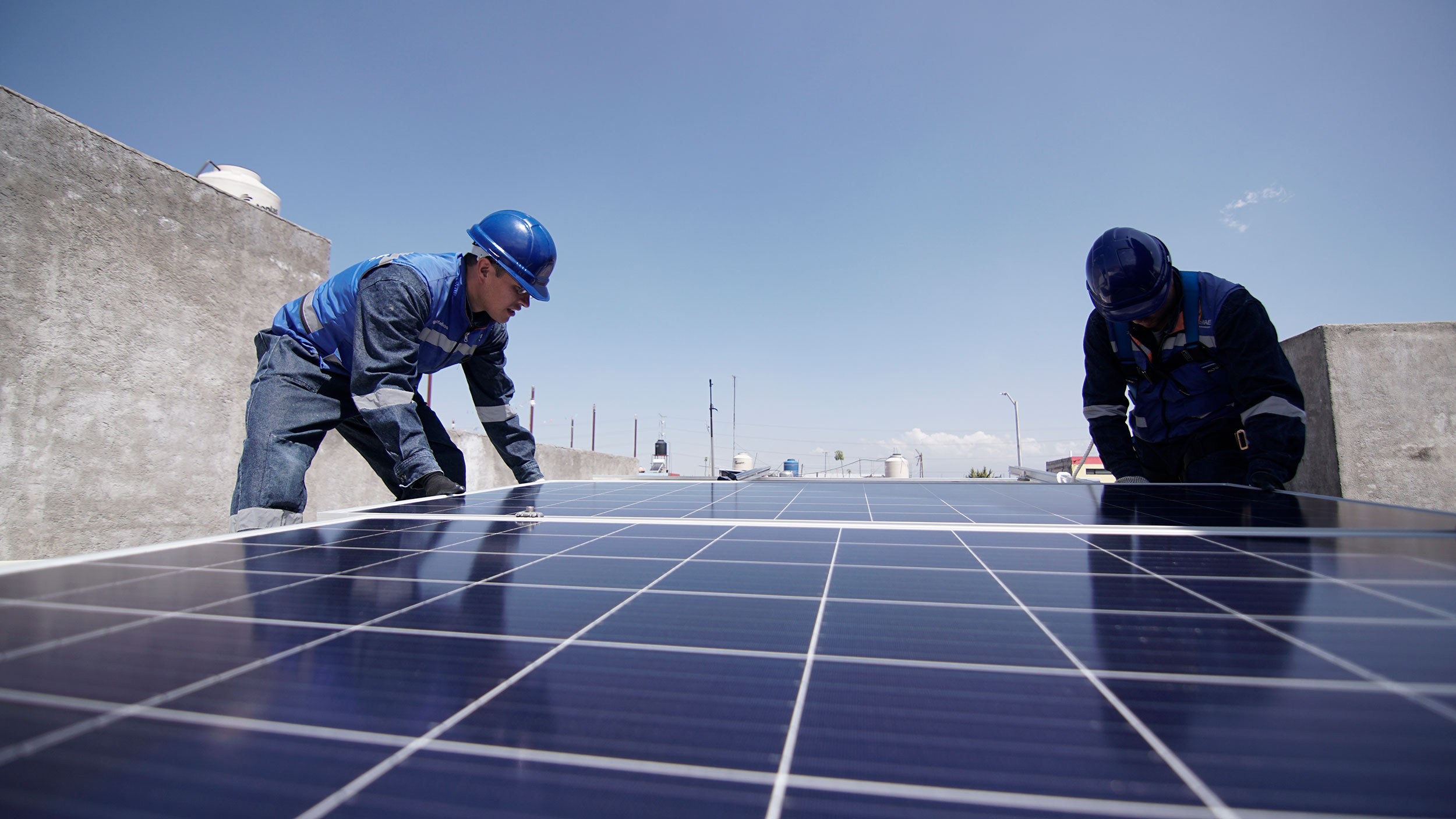 Instalación paneles solares Puebla Grupo MAE Energias Renovables