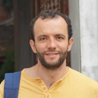 Javier Belausteguigoitia
